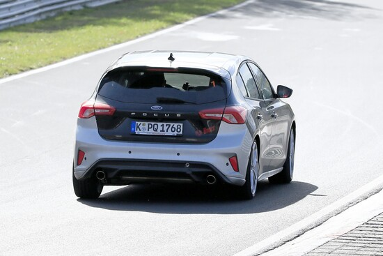 La Ford Focus ST pizzicata al Ring