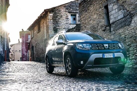 Con 21 cm da terra il nuovo Duster Dacia 2018 non teme fondi sporchi e dissestati