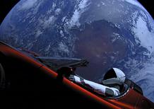 La Tesla Roadster di SpaceX supera Marte