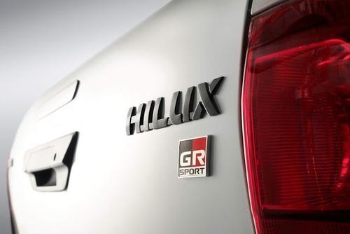 Toyota Hilux GR Sport, la prima off-road firmata Gazoo Racing (7)