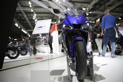 EICMA 2018: Yamaha YZF-R3, foto e dati (2)