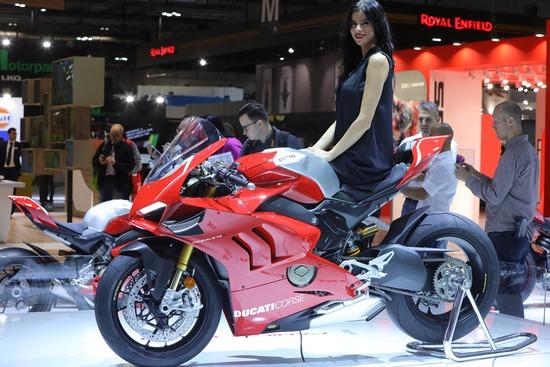 La nuova Ducati Panigale V4R a EICMA 2018