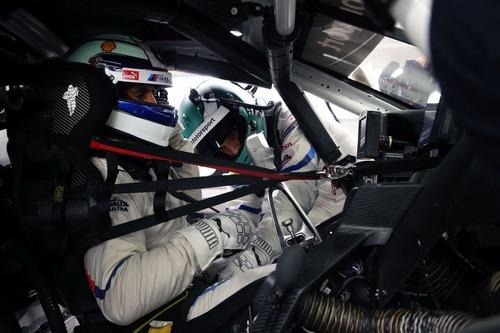 Alex Zanardi verso la 24h di Daytona 2019: completati i test sulla BMW M8 GTE (7)
