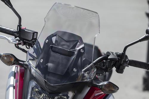Il nuovo plexiglass, più alto e dalla diversa sagomatura