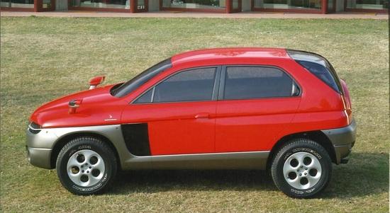 Vista laterale della Alfa Romeo Sportut del 1997