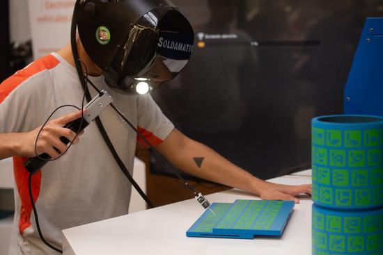 La saldatura riprodotta in realtà virtuale alla scuola di apprendistato Seat