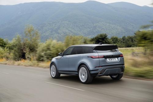 Nuova Range Rover Evoque 2019: eccola [video – foto] (6)
