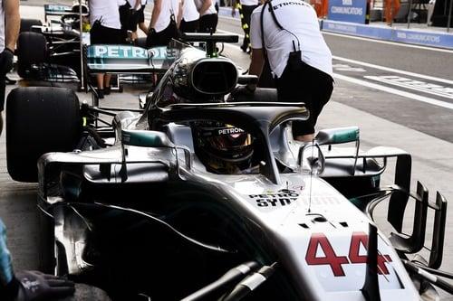 F1, GP Abu Dhabi 2018: pole per Hamilton. Terzo Vettel (3)