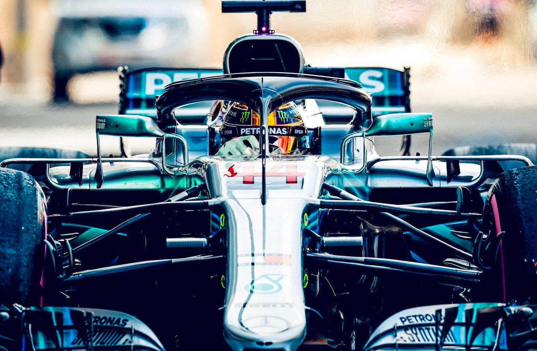 F1, GP Abu Dhabi 2018: vince Hamilton. Secondo Vettel