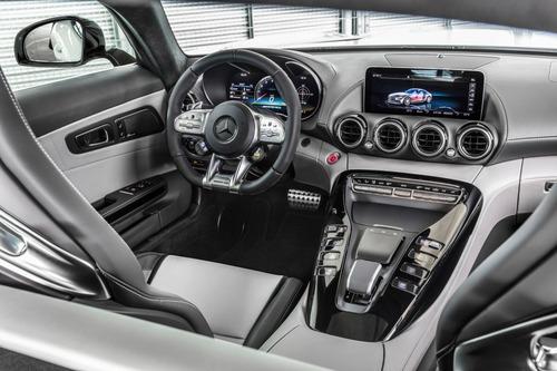 Mercedes-AMG GT: restyling per tutta la gamma al Salone di Los Angeles (6)