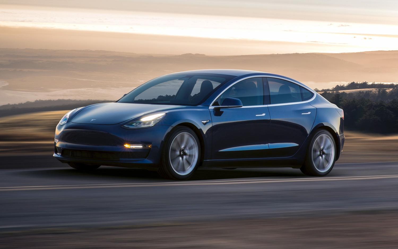 Tesla Model 3, in Italia costa 59.600 euro
