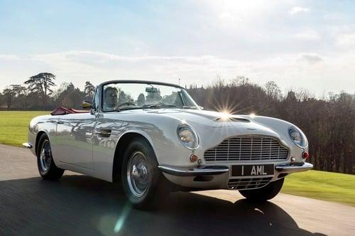 Aston Martin storiche diventano elettriche con il Kit dedicato, reversibile: sacrilegio o furbata? (2)