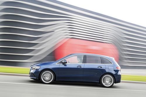 Mercedes Classe B, i prezzi: si parte da 27.140 euro (8)