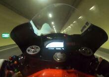 La KTM MotoGP di Oliveira dentro e fuori dal tunnel