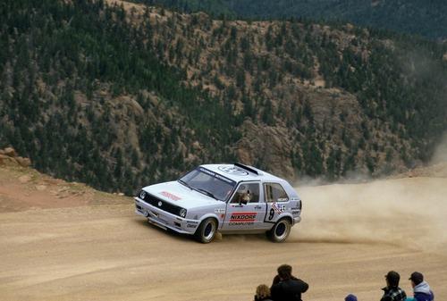 Volkswagen Golf, nel 1987 con due motori per la Pikes Peak (5)