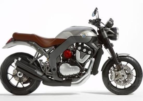 "Massimo Clarke: ""La Horex VR6 1200 cc"""