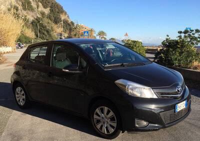 Toyota Yaris 1.0 5 porte del 2012 usata a Genova