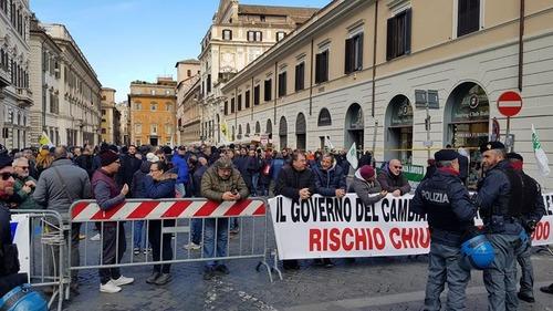 Protesta NCC, Roma: chi sono e cosa vogliono (3)