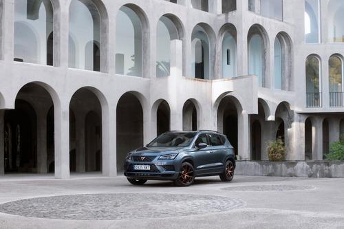 Cupra Ateca, SUV da 300 CV e finiture top per famiglie veloci [Video] (5)