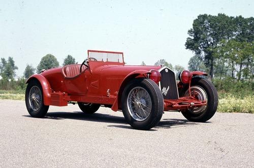 Nuova Alfa Romeo 8C, Ufficiale nel 2023? (8)
