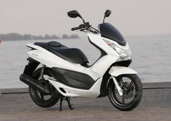 Honda Richiama Il Pcx125 Per Sostituire Il Vano Batteria News