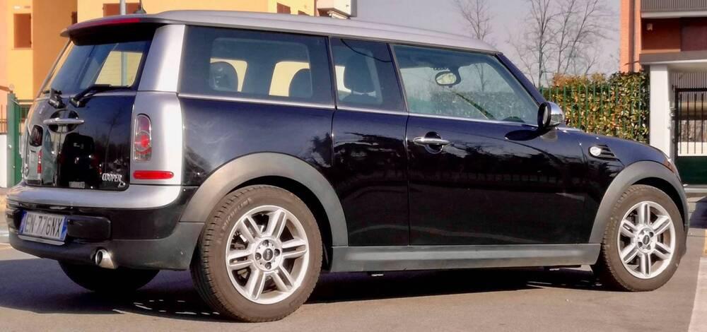 MINI Mini Clubman 2.0 16V Cooper D Clubman Automatica del 2012 usata a Milano (3)