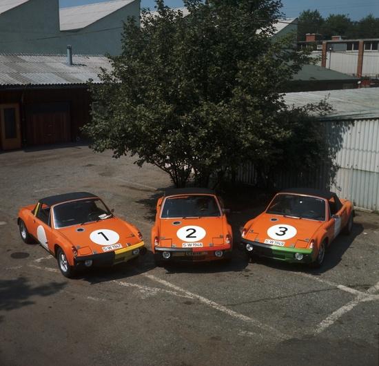 Un trio di 914/6 GT nel 1970 prima del via della Marathon de la Route