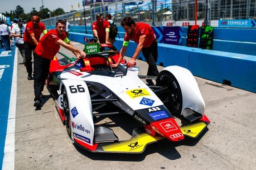 Formula E, ePrix di Santiago del Cile: vince Bird (8)