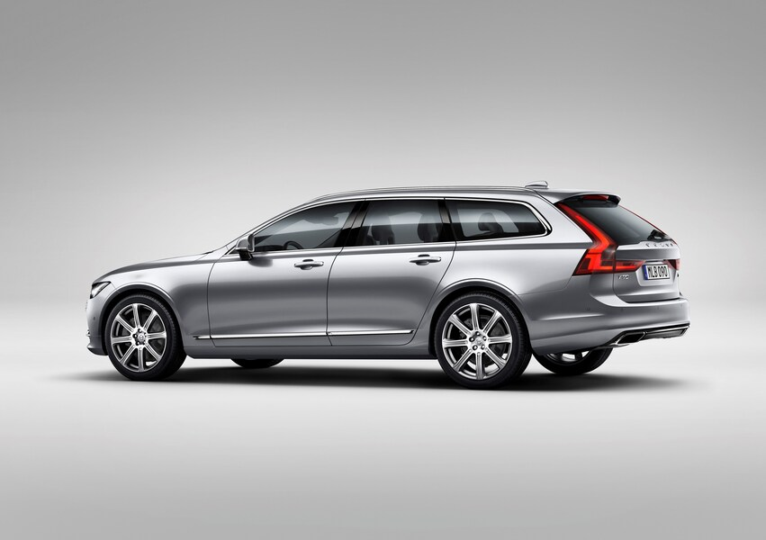 Volvo V90 D5 AWD Geartronic Inscription (4)