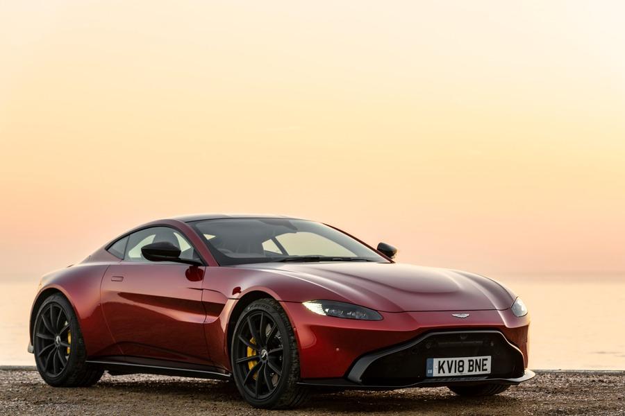 Aston Martin Vantage (3)