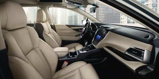 Gli interni della Subaru Legacy 2020