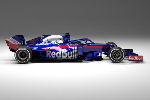 F1 2019: Toro Rosso, svelata la STR14 (5)