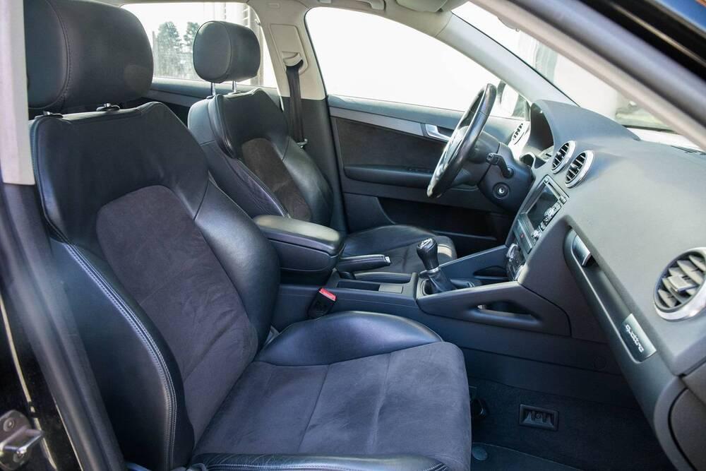 Audi A3 Sportback 2.0 TDI F.AP. quattro Ambiente del 2010 usata a Caronno Varesino (4)