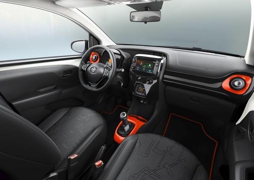 Toyota Aygo, due edizioni speciali al Salone di Ginevra 2019 (3)