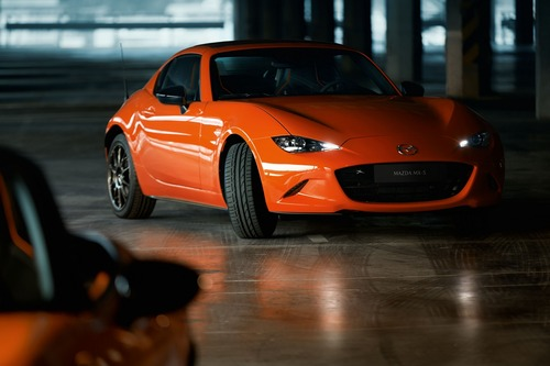 Mazda MX-5 30th Anniversary Edition, al via le vendite in Italia (3)