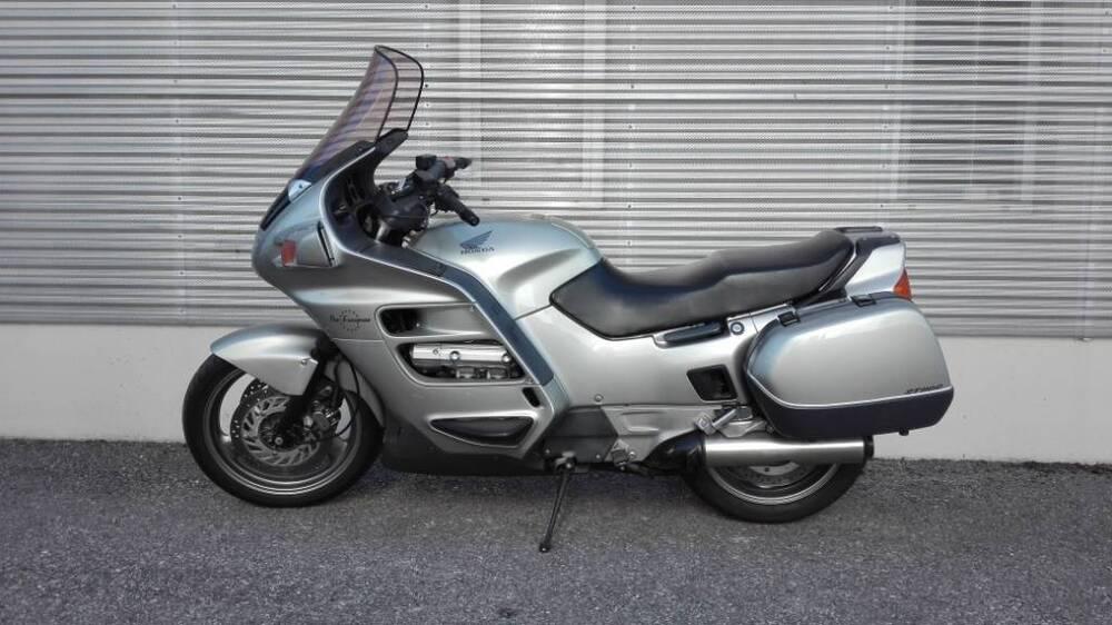 Honda ST 1100 Pan European (1991 - 02) (3)