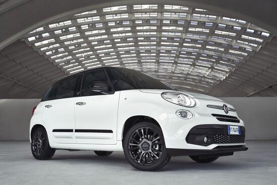 Fiat 500 500x E 500l Allestimento Speciale Per I 120 Anni Saloni