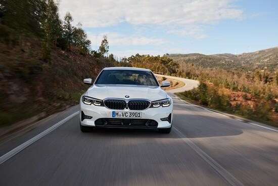 Le prime impressioni alla guida della nuova BMW Serie 3