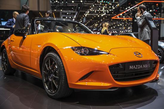 La Mazda MX-5 30th Anniversary Edition monta le pinze Brembo
