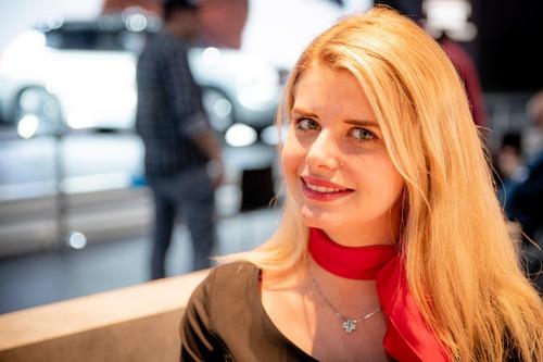 Salone dell'auto di Ginevra 2019, Foto: le immagini delle ragazze (3)