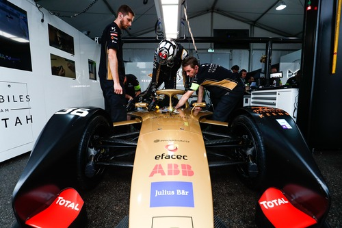 Formula E, ePrix di Hong Kong: squalificato Bird, la vittoria a Mortara (9)