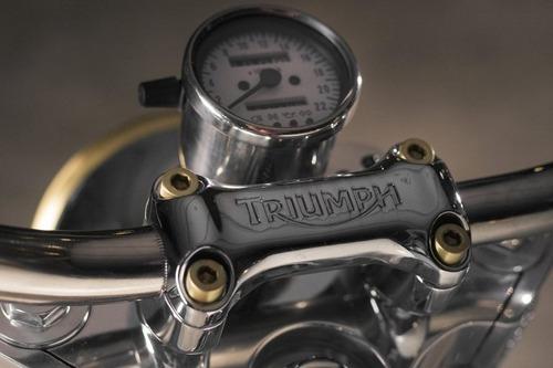 Triumph Bonneville #43 Ruby: una scrambler dai toni pacati (4)