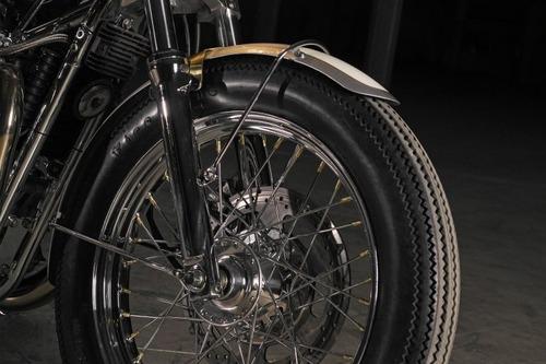 Triumph Bonneville #43 Ruby: una scrambler dai toni pacati (6)