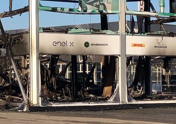 Jerez: incendio per le MotoE. Calendario rivisto