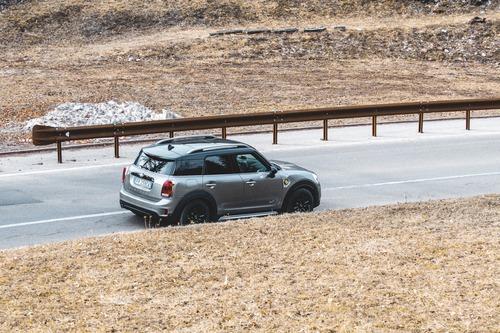 Mini Cooper S E Countryman ALL4: guidare green, divertendosi (7)
