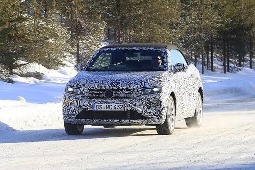 Volkswagen T-Roc Cabrio: ecco il nuovo SUV tedesco apribile [foto gallery] (2)