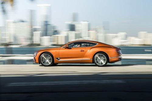 Bentley Continental GT V8, le nuove coupé e cabrio (4)