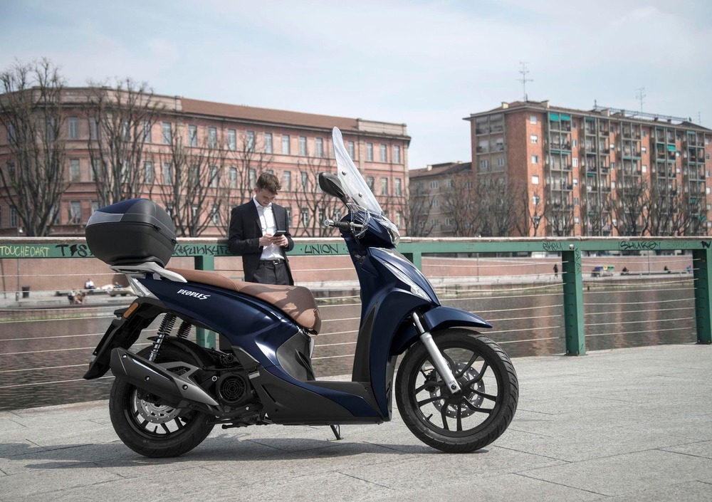 Kymco People S 50 4T (2019) (5)
