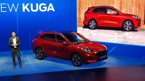 Ford, Hybrid per tutti i gusti: ecco nuova Kuga, Explorer, Tourneo, Fiesta e Focus [video live] (6)