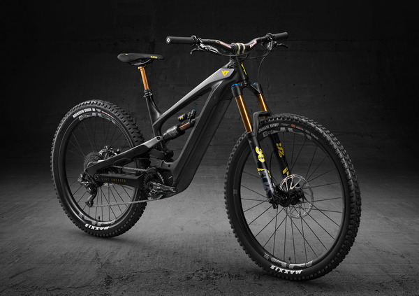 YT Decoy, la prima eBike Young Talent Industries